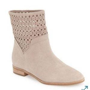 Michael Kors Sunny Boots